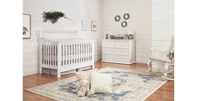 """COLUMBUS DAY SPECIALS NOW!!!   Million Dollar Baby """"Foothill"""" Convertible Crib -BEST SELLER"""
