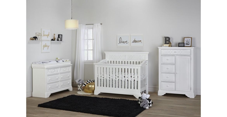 https://babysupermart.com/image/cache/catalog/Haven-Hill-Crib-Room-Shot%20(1)-1170x600.jpg